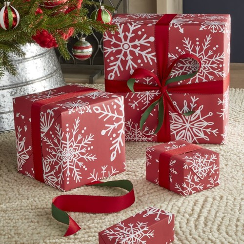 Red Snowflakes Gift Wrap