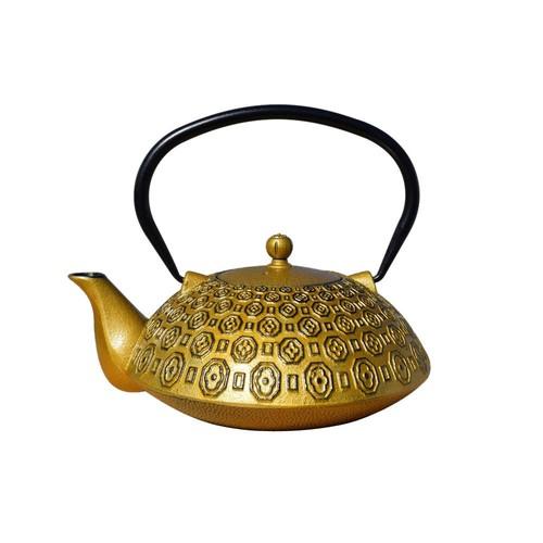 Dutch Ritchi 5-Cup Teapot in Gold and Black