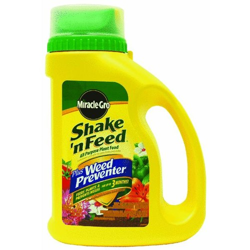 Miracle-Gro Shake'n Feed All-Purpose Plant Food Plus Grass & Weed Preventer - 1038361