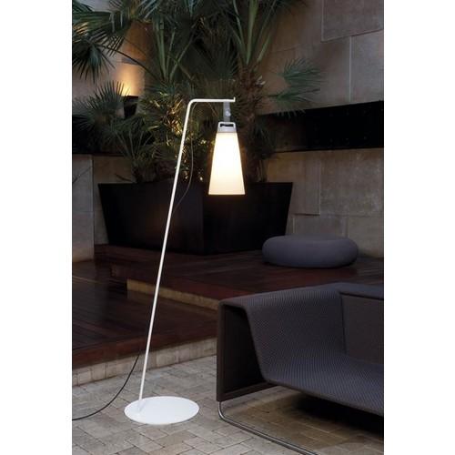 Sasha Outdoor Floor Lamp [White :]