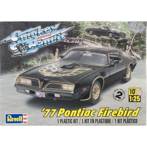 Revell of Germany Plastic Model Kit'77 Smokey And The Bandit Firebird 1:25