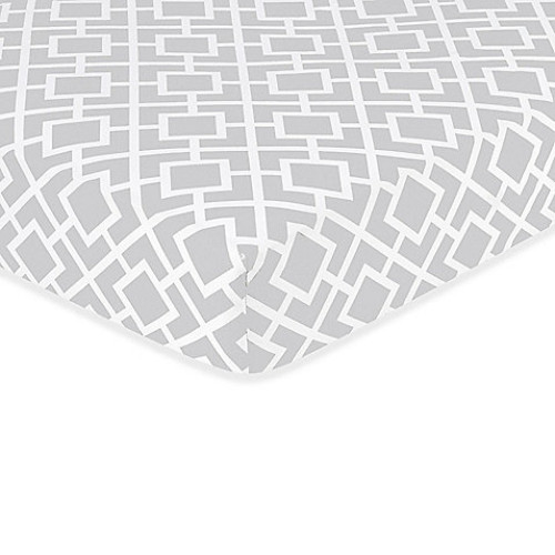 Sweet Jojo Designs Diamond Crib Sheet in Grey/White