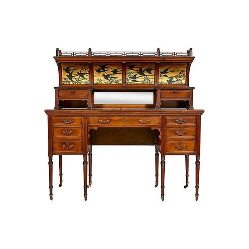 English 19th C. Victorian Walnut Desk