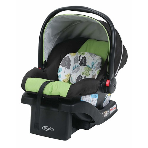 Graco SnugRide Click Connect 30 Infant Car Seat in Bear Trail