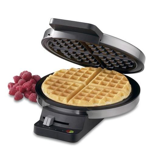 Cuisinart WMR-CAFR Round Classic Waffle Maker (Refurbished)