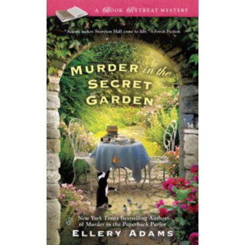 Murder in the Secret Garden (Book Retreat Series #3)