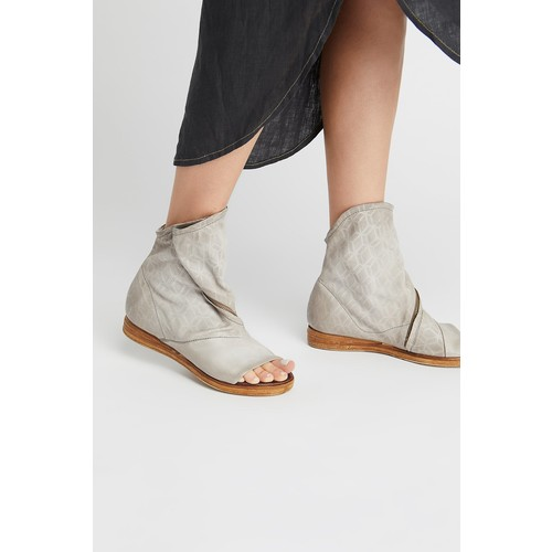 Brielle Ankle Boot [REGULAR]