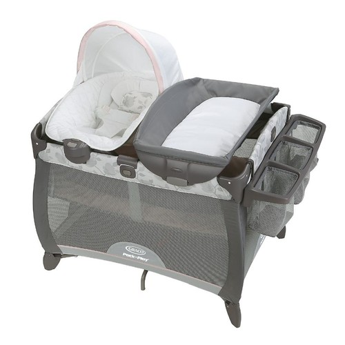 Graco(R) Pack 'n Play(R) Quick Connect Portable Napper Deluxe Bassinet - Diana