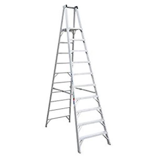 Werner (P410) Platform Ladder, Aluminum