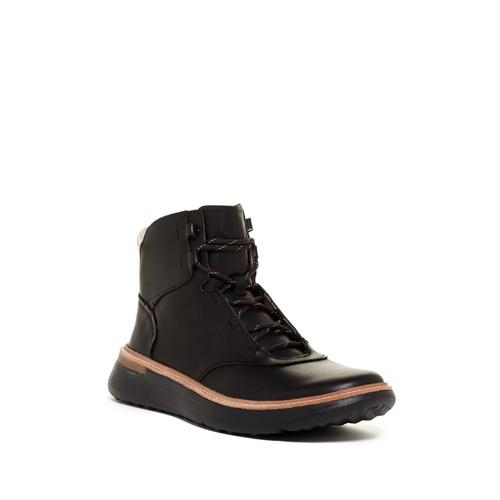 Thorn Sneaker