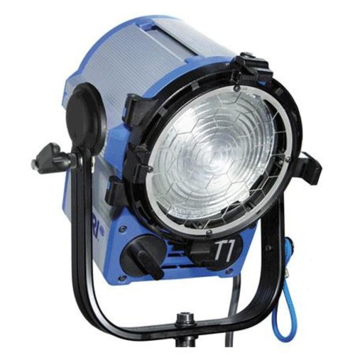 Arri T1 Location Fresnel, 1000 Watts with Stand Mount L1.39610.A