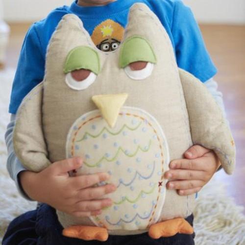 The Little Acorn Baby Owls Linen Throw Pillow