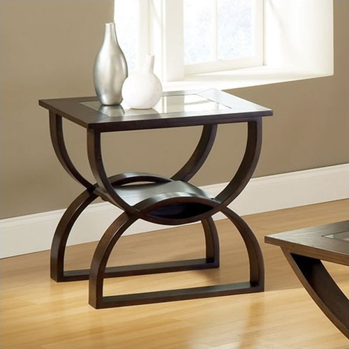 Steve Silver Company Dylan End Table in Cherry Finish