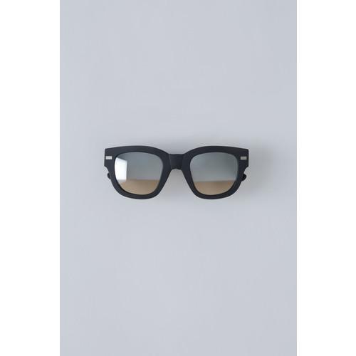 Frame Metal matt black/silver half mirror