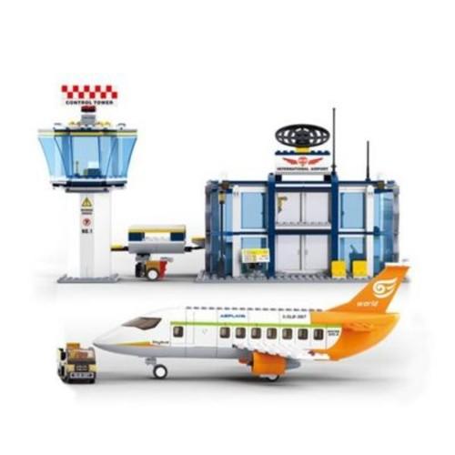 Sluban International Airport Building Block Set - 678 Bricks (CISA205)