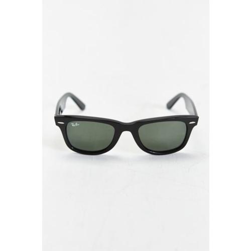 Ray-Ban Wayfarer 50-mm. Sunglasses