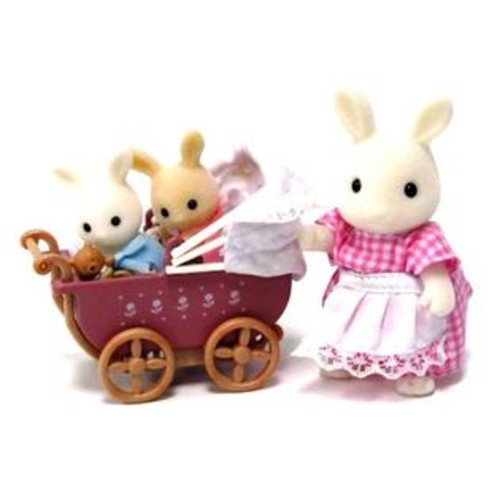 International Playthings Calico Critters A Carriage Ride