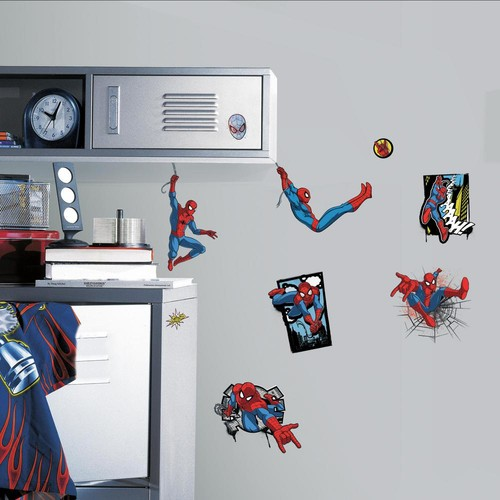 RoomMates 5 in. x 11.5 in. Ultimate Spider-Man Comic 17-Piece Peel and Stick Wall Decals