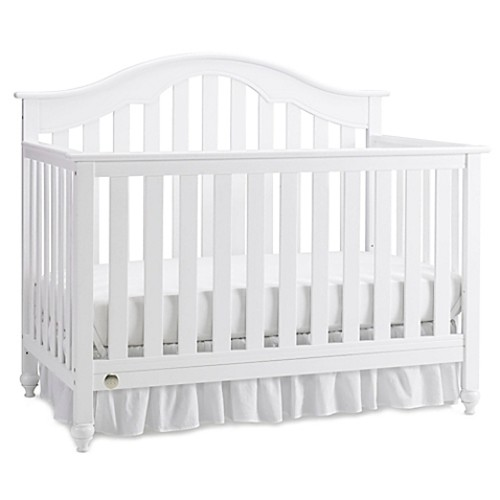 Fisher-Price Kingsport 4-in-1 Convertible Crib in Snow White