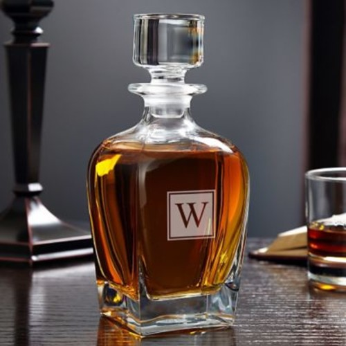 Home Wet Bar Draper Personalized 24 oz. Whiskey Decanter; Q