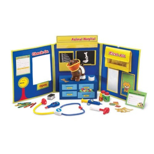 Learning Resources Pretend & Play Animal Hospital [Standard Packaging]