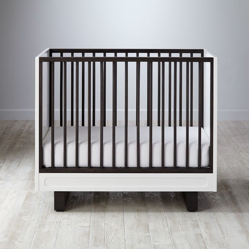 Elevate Mini Crib & Mattress Set