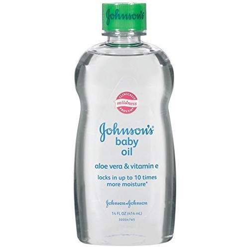 Johnson's Baby Oil, Aloe Vera and Vitamin E, 14 Fl Oz [14 Fl oz. (Pack of 2), Baby Oil Aloe & Vitamin E]