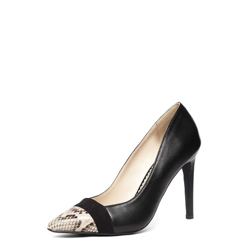 Leather Black pointed court shoes