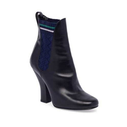 FENDI Round Toe Leather Chelsea Boots