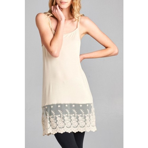 Scalloped Lace Cami Extender