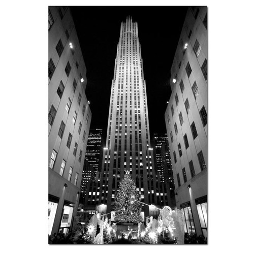 Trademark Global Yale Gurney 'Rockefeller Night' Canvas Art [Overall Dimensions : 24x32]