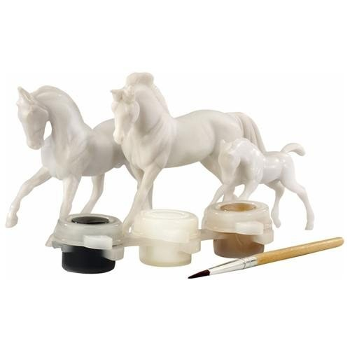 Breyer Horses Horse Family Painting Kit