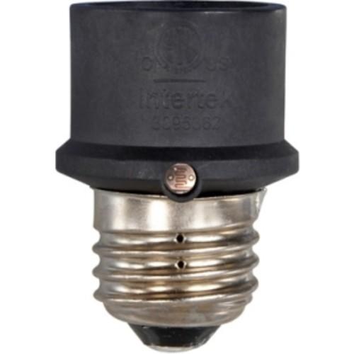 AmerTac Outdoor/Indoor Dusk to Dawn Light Control for Incandescent Bu