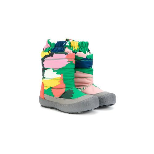 splash paint effect snow boots