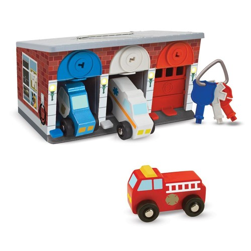 Melissa & Doug Lock and Roll Rescue Garage Wooden Vehicle