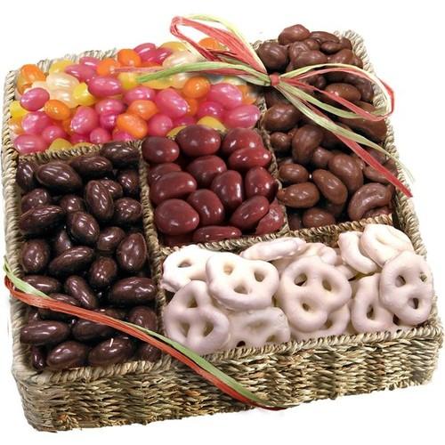 Sweet Organic Basket of Treats