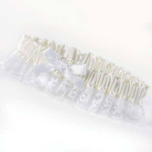 HBH Petite Garter With White Bows and Delicate Lace Trim, Ivory