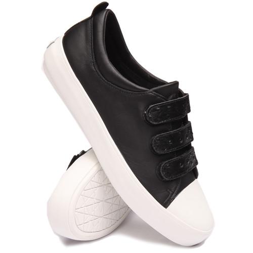 m shane sneaker